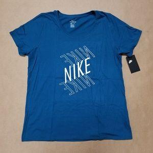 Nike White Logo Blue T-Shirt Women's Size X-Large